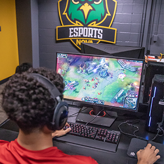 NOVA student playing e-sport game